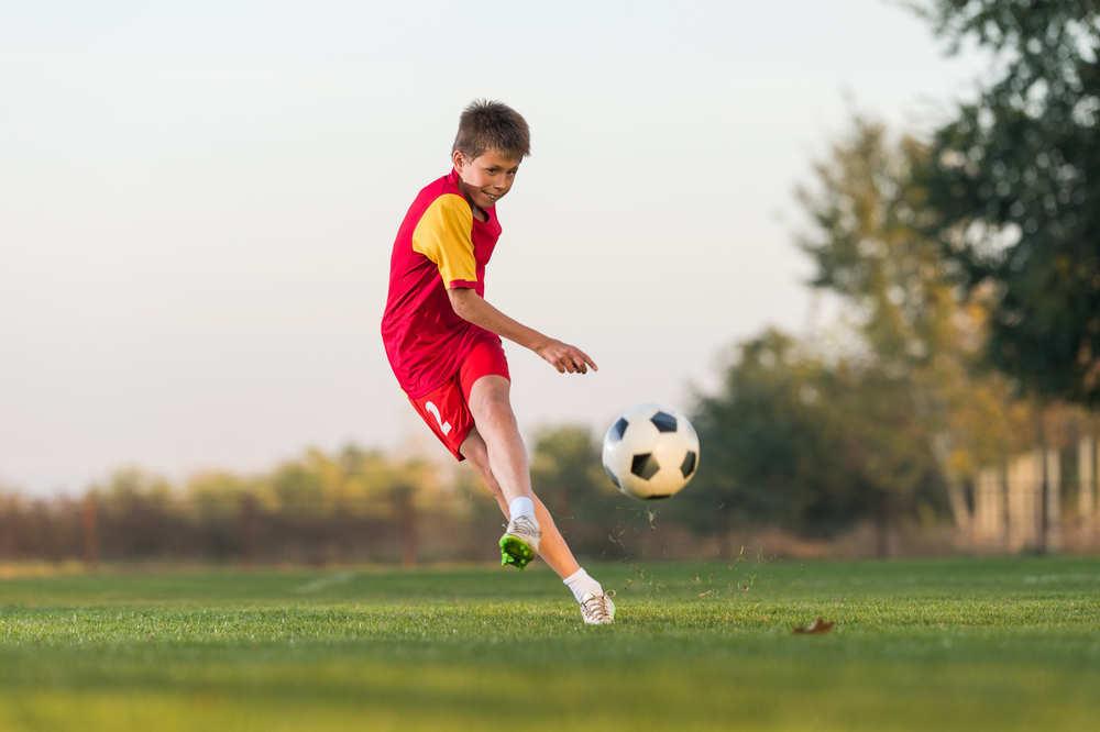Futbol, el deporte rey de los niños