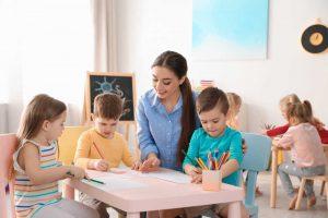 Una mayor contratación de profesores es vital para aumentar la calidad de Enseñanza Infantil